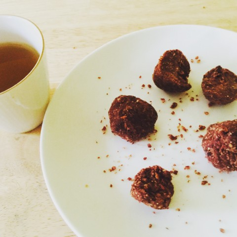 Healthy Postpartum Snack, Chocolate Protein Balls