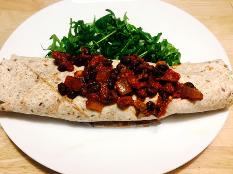 Super Nutrition for Busy Moms + Mums; Black Bean Chilli Wraps