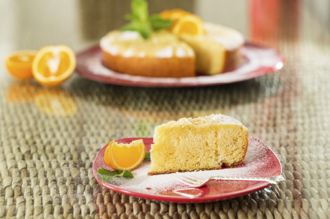 Postnatal Nutrition: Healthy Orange, Almond and Walnut Cake